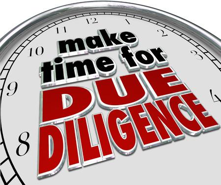 auditor�a: Haga la hora de la Due Diligence palabras 3d de un reloj para ilustrar obligaci�n empresarial y auditor�a presupuesto financiero para el cumplimiento de la contabilidad