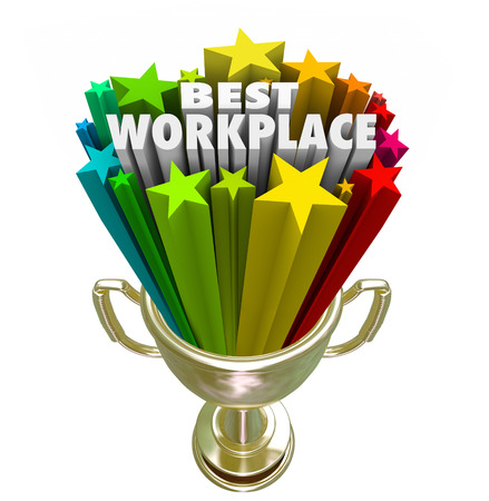 Best Workplace words and stars in a trophy or prize awarded to the company, business, organization or employer with best treatment, pay and benefits for employees and staff Foto de archivo