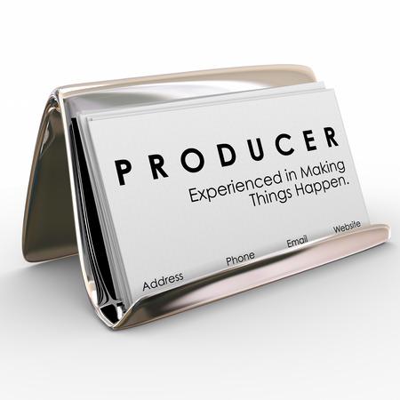contrema�tre: Producteur exp�riment� dans faire bouger les choses mots sur des cartes de visite promotion de vos comp�tences et de l'expertise dans l'obtention de r�sultats
