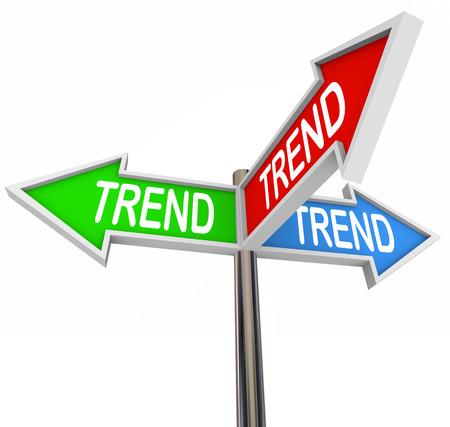 세 개의 화살표 표지판 동향 단어 뜨겁거나 새로운 동향 주제, 제품 또는 뉴스의 방향을 가리키는