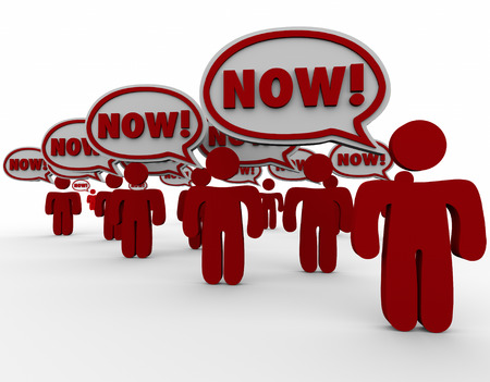 지금 연설은 고객이 요구하는 거품 또는 비상 또는 위험의 요청에 즉각적인 응답이나 행동이 필요