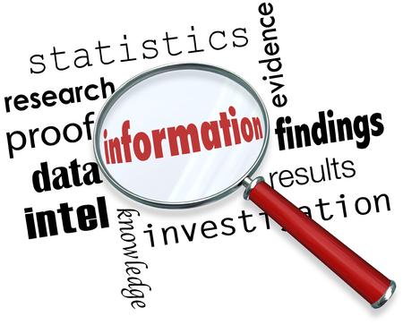 사실, 데이터, 연구, fndings, 통계, 증거 또는 증거를 검색하는 돋보기 아래 정보 단어 스톡 콘텐츠