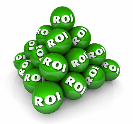 投資収益率 ROI ピラミッドの 3 d 図