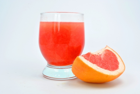 obtained: glass of grapefruit pulp obtained from grapefruit