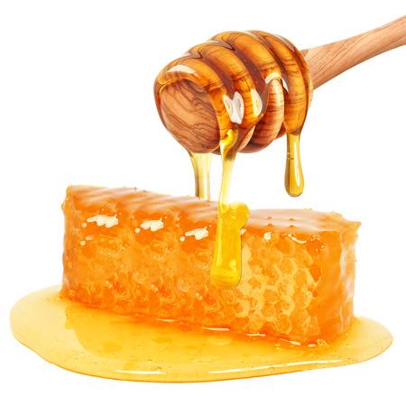 Honing raat geïsoleerd op witte achtergrond  Stockfoto