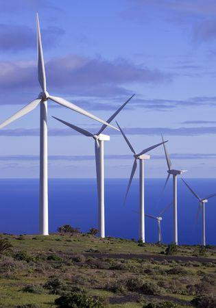 eolic Generatoren in einem Windpark Lizenzfreie Bilder