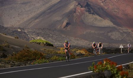 LANZAROTE, SPAIN - MAY 22: Group of cyclists in ironman Triathlon 2010 Event May 22 in Lanzarote Spain.  Redakční