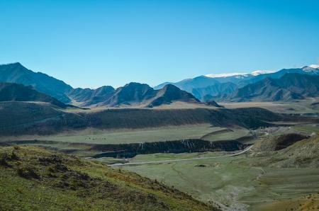 알타이 추이 지역의 산 풍경. 밸리 츄야. 스톡 콘텐츠