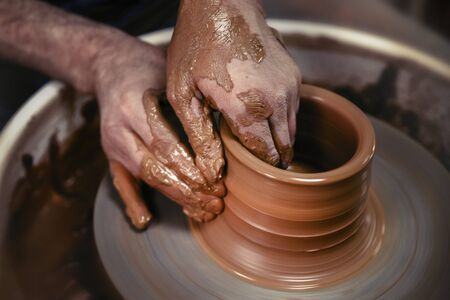 A day in the life of a pottery artist - at the pottery wheel