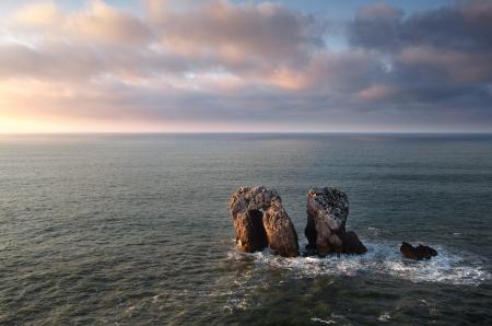 Die T�r des Kantabrischen Meer in der Abendd�mmerung Lizenzfreie Bilder