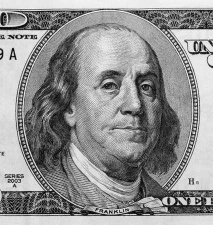 Detail van Benjamin Franklin's portret op honderd dollar bill.