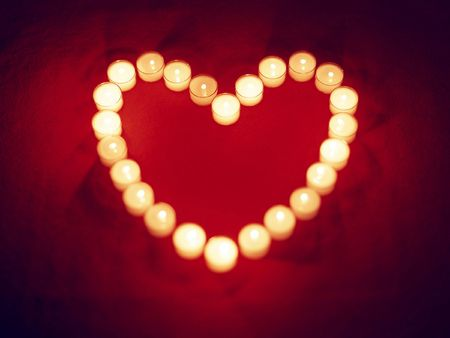 cele: heart from candles