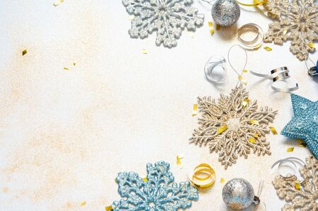 Christmas or New year frame composition. Christmas decorations. Copy space. Holiday and celebration concept. - Image Banque d'images