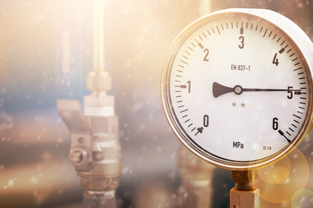 Pressure gauge in oil and gas production process for monitor condition the gauge for measure