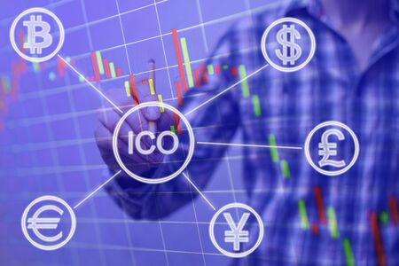 ICO, Initial Coin Offering. Digital electronic binary money financial concept. Bitcoin currency exchange on virtual screen interface. Double exposure Foto de archivo - 139416055