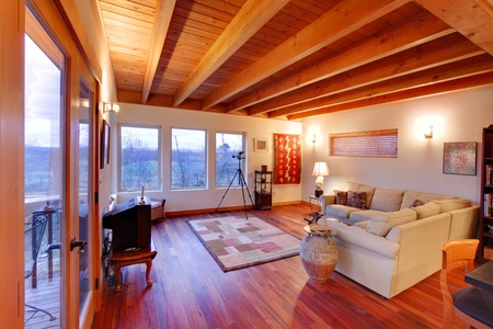 MOdern luxury living room with nice cherry hardwood floor in Seattle Stock Photo