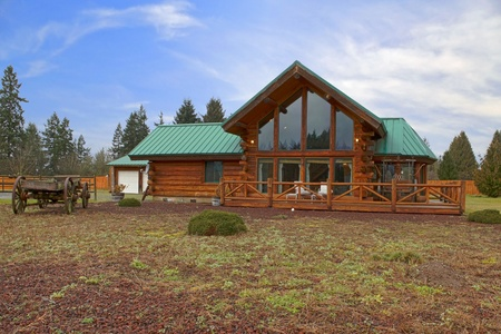 Cabin on a large land with front porch Stock Photo - 12312293
