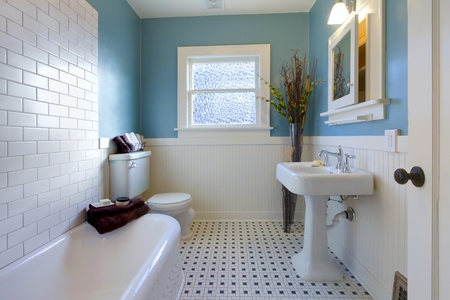 bathroom tiles: Luxury bathroom in an old house in Tacoma, WA Stock Photo