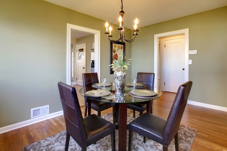 Fresh green dining room Stock Photo - 12312237