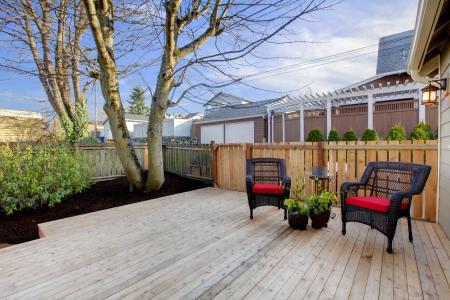Zeer goed gerenoveerd huis met kleine achtertuin in Tacoma, WA Stockfoto