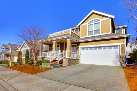 outside of house: New NOrthwest style home near Seattle, WA Stock Photo