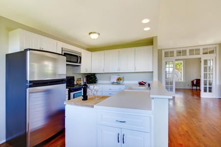 Large room with kitchen bar Stock Photo - 12312102