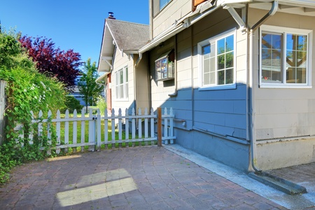Grey old small American house exterior. Stock Photo - 12621444