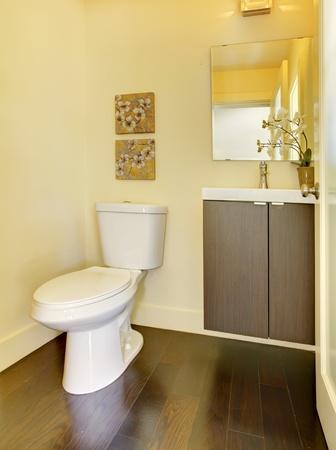 Small new modern yellow bathroom. Stock Photo - 13122459