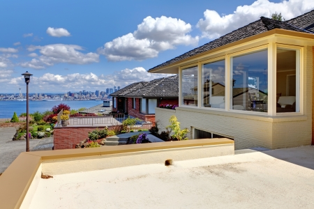 Beautiful city house with water view and Seattle downtown. Stock Photo - 14287711