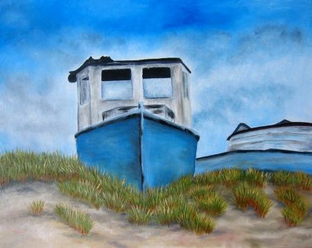 Blauwe boot schilderkunst met het strand en zand. Art. Stockfoto
