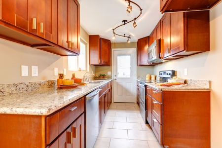 New cherry wood American kitchen interior   photo
