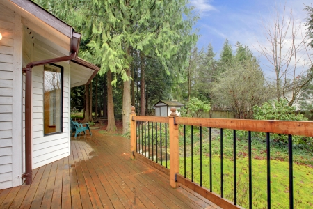 Northwest country house porch idea Stock Photo - 25190503