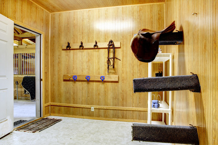 horse stable: Beautiful clean stable horse barn