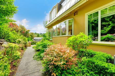 curb appeal: Luxury house with beautiful curb appeal
