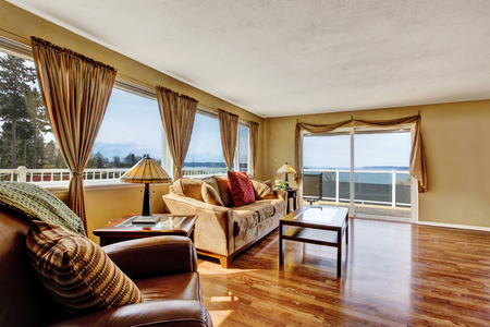 slide glass: Living room with slide glass door to walkout deck