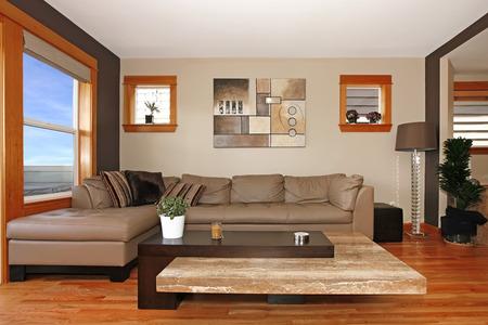 leuchtend: Schöne moderne Wohnzimmer Innenraum Lizenzfreie Bilder