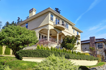 curb appeal: Big luxury house exterior with curb appeal Stock Photo