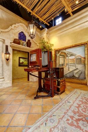 Antique exhibit in Mormon Battalion Historic site, old town in San Diego. California Editöryel