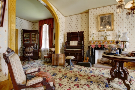 old piano: Room in Whaley House Museum, old town of San Diego