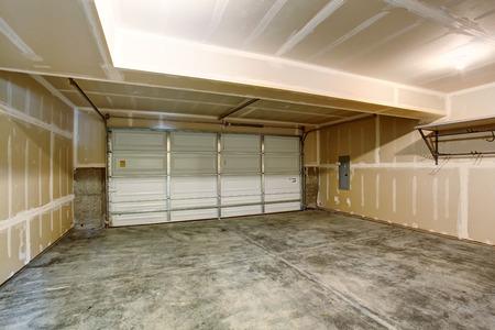 residential garage: Empty garage in modern apartment building