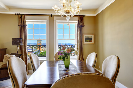 tacoma: Dining table with flowers and city view through the window. Tacoma real estate, WA