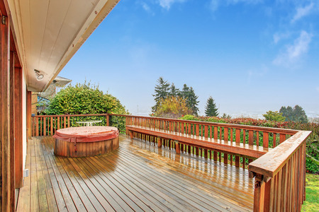 nice house: Nice back deck with a view, and jacuzzi.
