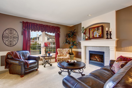 decor: Traditional living room in elegant home with the perfect decor.