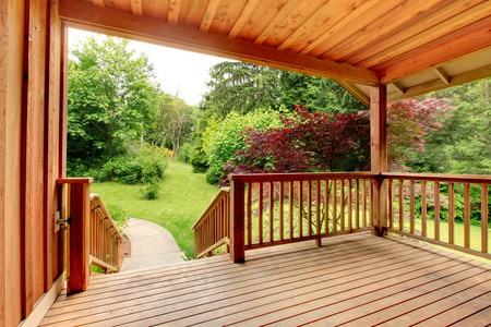 nice deck with beautiful sccenery, and space.