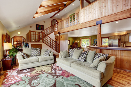 Travi In Legno Per Soffitto : Soffitti con travi in legno latest per soffitti in legno con