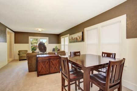Woonkamer Eetkamer Set.Interior Design Brown Wooden Table Set And Old Cabinet In The