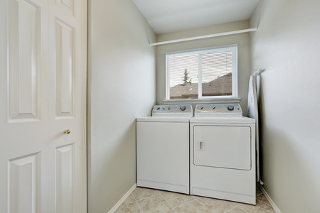 laundry room: Small laundry room with old fashioned appliances. Northwest, USA
