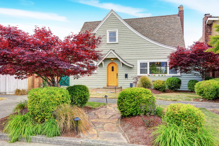 curb appeal: Classic American house exterior with nice landscape desing. Curb appeal. Northwest, USA