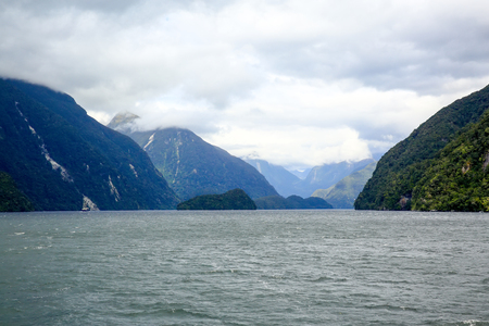 milford: Picturesque view of Milford Sound at Te Anau. Fiordland National Park, New Zealand.