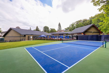 Empty tennis court in Tacoma Lawn tennis Club. Northwest, USA Stock Photo